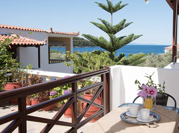 Skopelos Studios Apartments